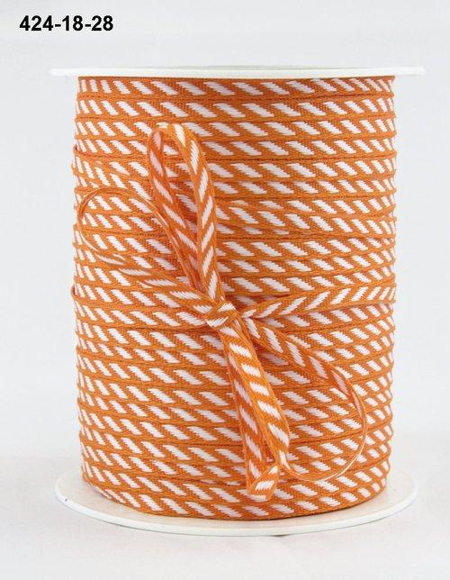 Лента от May Arts. Диагональные полосы. Ширина 0,32 см. Оранжевый
