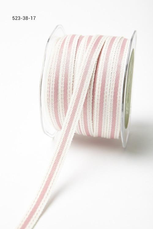 Лента от May Arts. С полосой. Ширина 0,95 см. Белая с розовой полосой