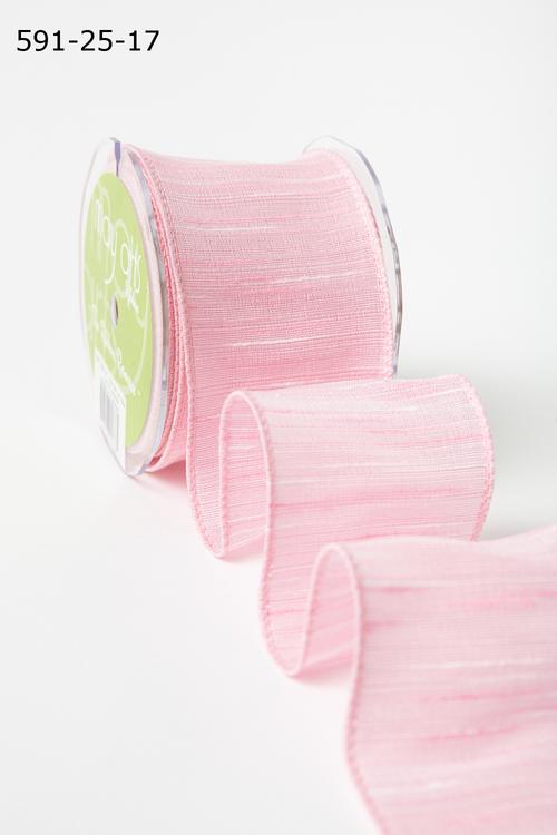 Лента от May Arts. Текстурная лента. Ширина 6,35 см. Розовая