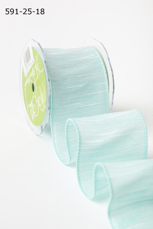 Лента от May Arts. Текстурная лента. Ширина 6,35 см. Мятно-голубая