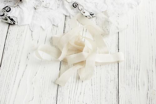 Шебби-ленты изысканно-белый