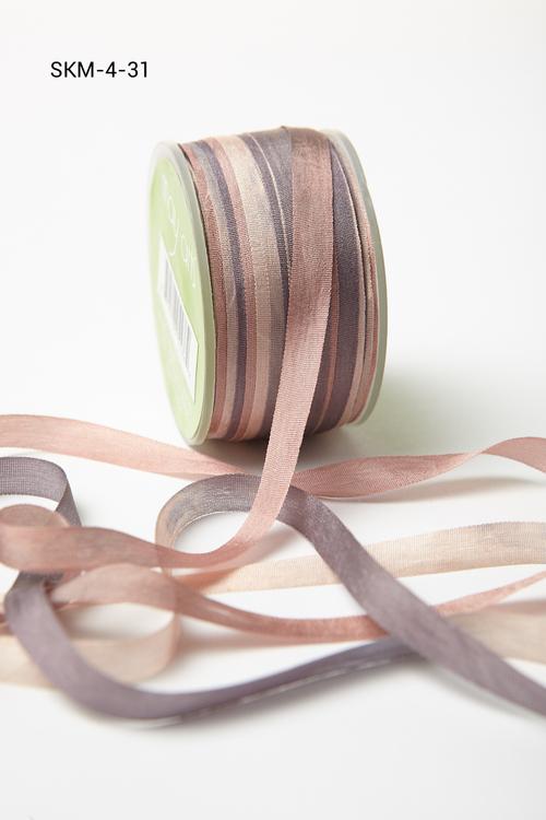 Лента May Arts. Пестрая шелковая лента. Ширина 0,64 см. Серый/темно-серый/пыльно-розовый